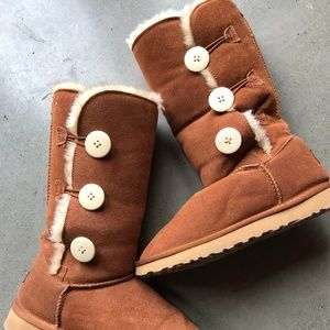UGG Boots - Sz 7.5 Button up Mid Length